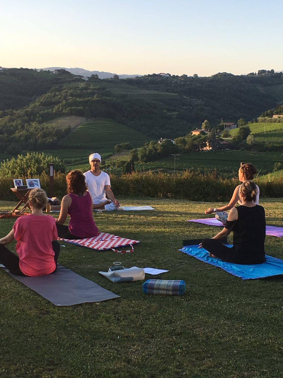 Kundalini Yoga in Santa Valeria - June 26(11)