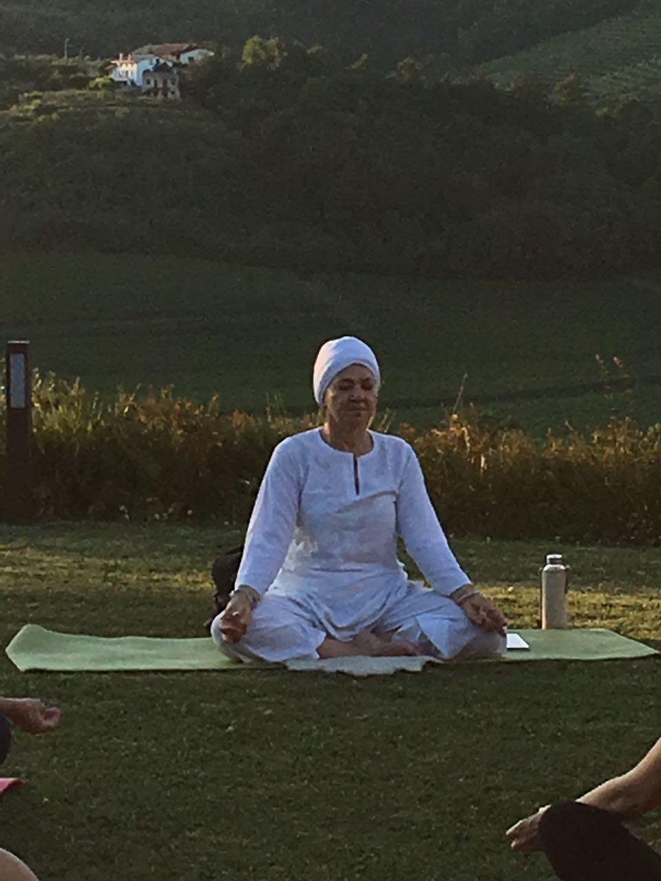 Kundalini Yoga in Santa Valeria - June 26(12)